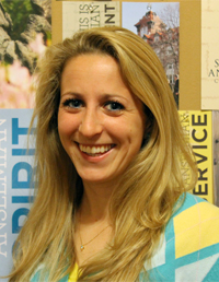 Saint Anselm College alumna Tessa Vercollone graduated in 2012 and works for Cigna in Chicago